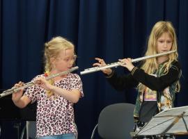 Afbeelding behorende bij Leerlingen Roncallischool maken méér Muziek-in-de-klas! |