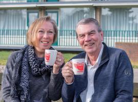 Afbeelding behorende bij Zilveren zondag | Nieuw maandelijks cultureel café voor en door senioren